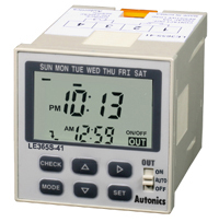 Autonics LE365S-41 緊湊型周/年計時器