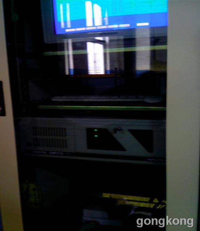 西门子工业平板电脑它的维护工作也是一件琐碎但不可或缺的事情